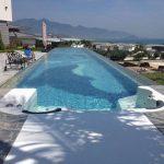 Przezroczysty plastikowy dach dla basenu